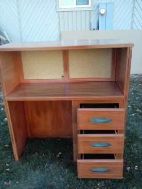 desk finished 1